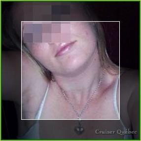 Femme très chaude qui désirerait des queues de plus de 19cm à sucer sur Terrebonne